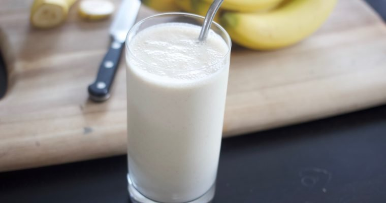 "Banana Peanut Butter Smoothie ""Milkshakes"""